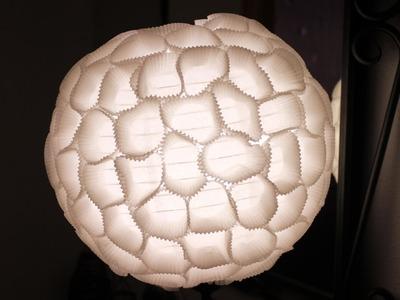 Lámpara hecha con moldes de magdalenas | Tutorial DIY