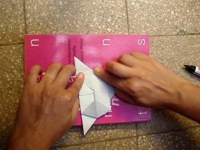 Origami Ashtray Cenicero :: Simple, quick, elegante, ecologic, useful.