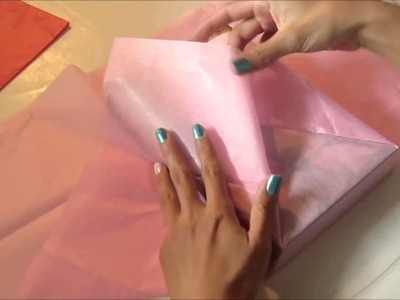 Como empacar un libro en Papel Seda para regalo - Wrapped in tissue paper