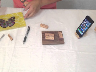 Vero Hoy - iPhone Stand with wine corks | Base de iPhone con corchos