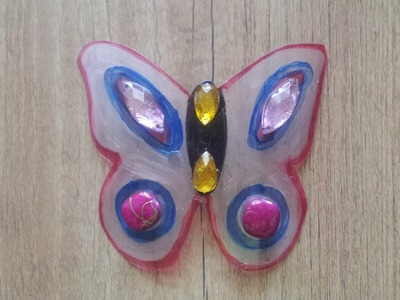 Crear figuras decorativas con botes de plástico  | facilisimo.com