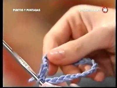 Puntos y Puntadas.Torerita de lana con cinta.
