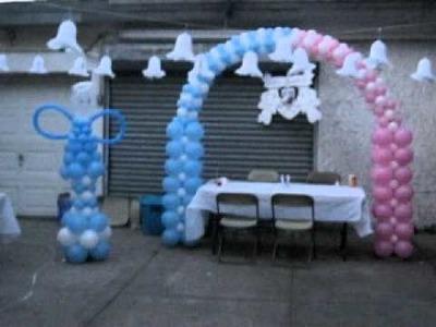 Bautizo con globos en el patio o yarda