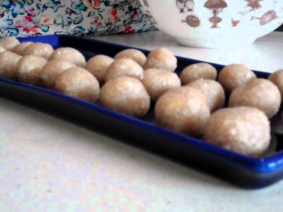 Briouats o pastelitos de almendra y miel