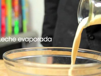 MINI PASTELITOS DE 3 LECHES Y ROMPOPE recetas Chef Oropeza