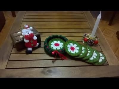 Cesta con posavasos navideños