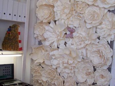 Como se hace un Photocall para la Boda con Flores de Papel Video 115