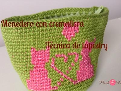 Monedero crochet con cremallera tejida y tecnica de tapestry