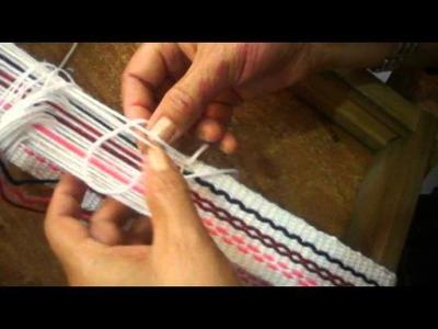 Telar mapuche, como cerrar el tejido.