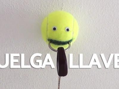 Cuelga llaves casero con pelota de tenis - Muy Fácil