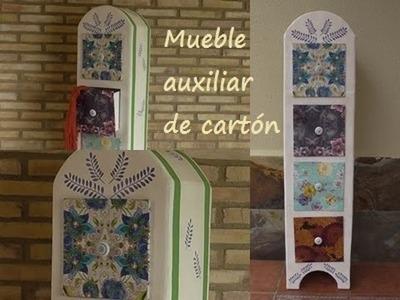 DIY Mueble auxiliar de cartón reciclado.
