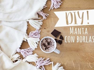 DIY Westwing | Cómo decorar tu manta con borlas de lana hechas a mano