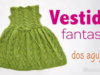 Vestido fantasía con trenzas tejido en dos agujas para niñas