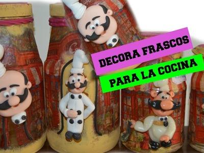 FRASCOS DE VIDRIO DECORADOS(PORCELANA FRÍA Y SERVILLETAS)