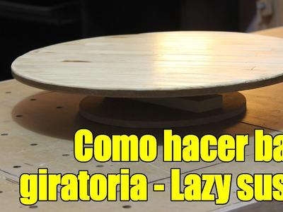Base giratoria . Mostrador giratorio. bases para pasteles Hecha con sobrantes de madera