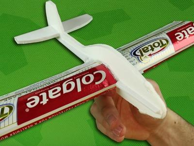 Como Hacer un Avion que Vuela Mucho y Rapido