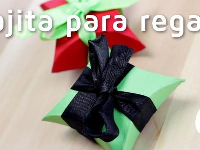 Cómo hacer cajas de regalo con cartulinas | facilisimo.com