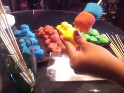 Brochetas de bombon + como pintar azucar (Receta)