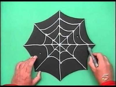 Art Attack Capitulo Arañas de puerta habitación
