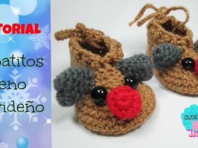 Zapatos para bebé de reno navideño a crochet