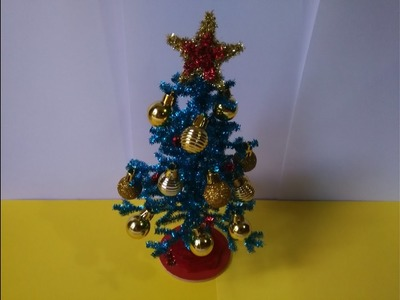 Como hacer un pino navideño con limpiapipas
