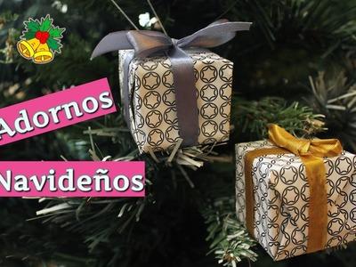 Adornos navideños  cajitas para el árbol