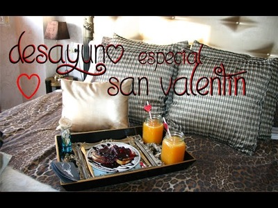 Desayuno especial San Valentin: Tostadas francesas rellenas de Nutella con salsa de frutos rojos.