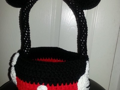 Canasta minnie mouse tejida a crochet