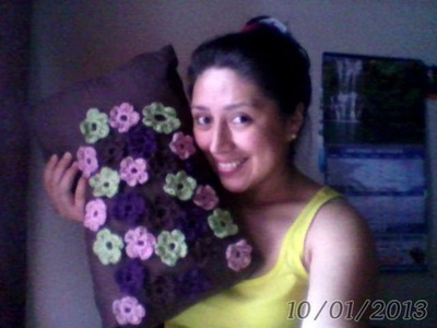 Flores Crochet en Cojin. .  Flowers Crochet - Pillow