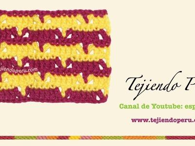 Punto fantasía tejido a crochet  # 43: calado en V en dos colores