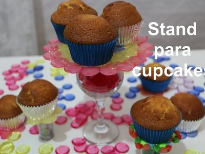 Stand para cupcakes de abalorios. Melted beads stands
