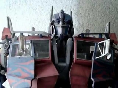 OPTIMUS PRIME PAPERCRAFT AMS