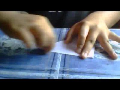 Como hacer un capullo de una rosa de papel:origami