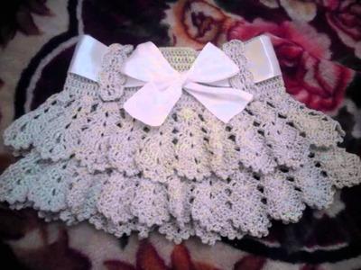 Falda con vuelos tejida  a crochet para niñas