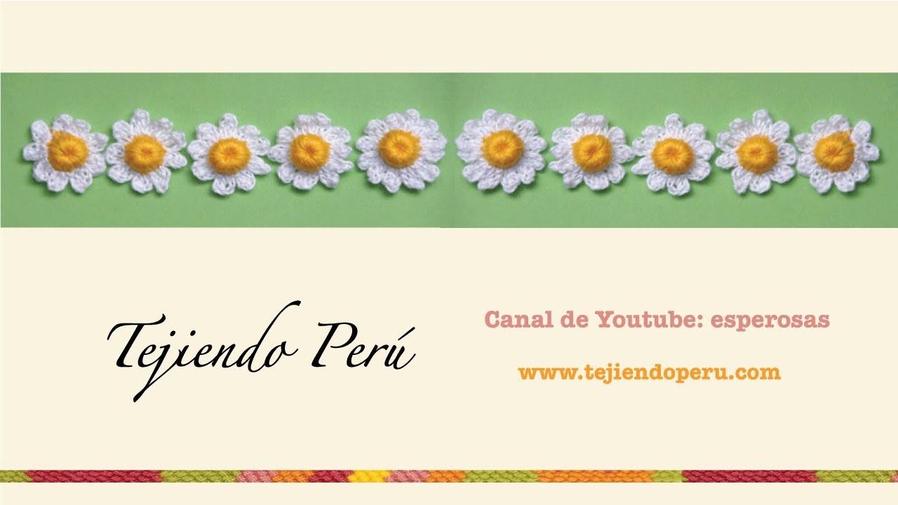 Flor de manzanilla (chamomile flower) tejida con botón de crochet