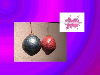 Adornos navideños: Bolas de Navidad (papel maché y cáscara de huevo)