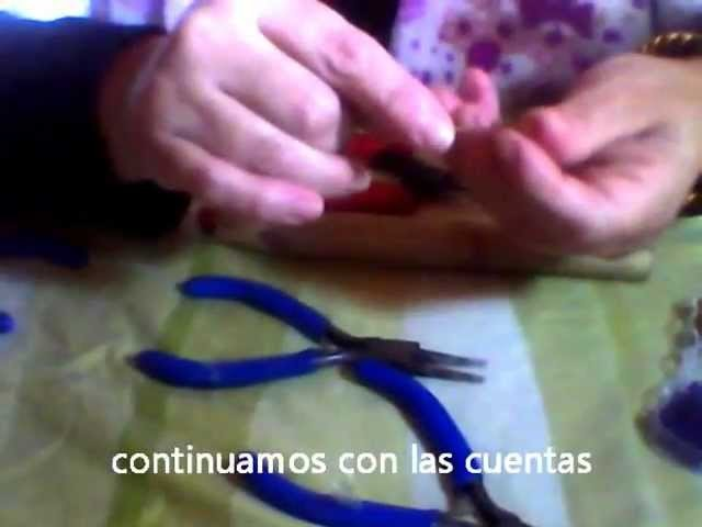 Anillo de alambre plano y cuentas.ring flat wire and beads.wmv