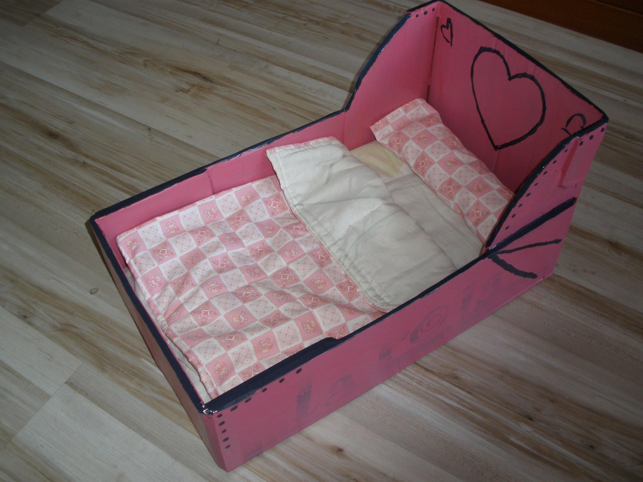 Sencilla Cama para muñecos con caja de fruta!! tutorial, manualidades, crafts bed for dolls.