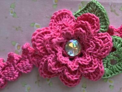 Vinchas con flores tejidas a crochet