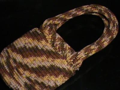 Como tejer una Bolsita para niña a crochet. 1a parte de 2.