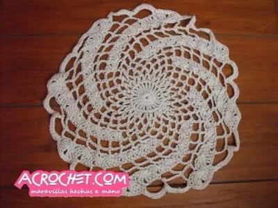 Guardasitio o individual tejiedo en espiral en crochet