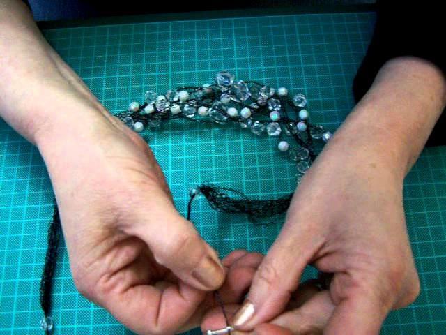 Tutorial 5 a crochet con hilo de plata, cobre y de color.MOV