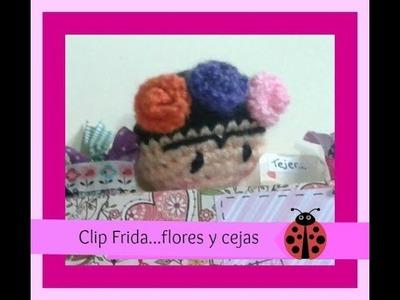 Carita Frida.clip. flores y bordado de cejas y ojos . Parte 2