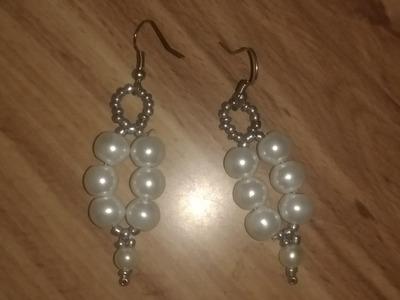 Aretes de perlas blancas muy fácil