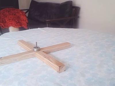 Devanador de madera para ovillar lana