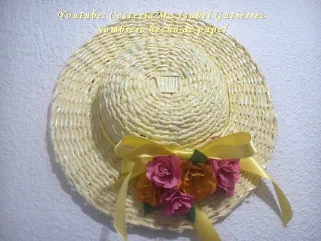 Sombrero decorativo hecho de papel