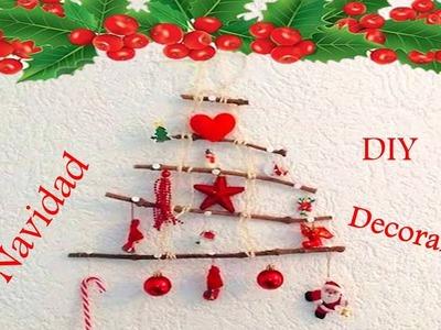 Arbol de Navidad colgante de madera para decorar -Hecho con ramas -