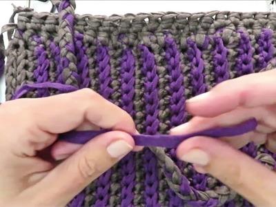 Bolso en trapillo o cinta a crochet