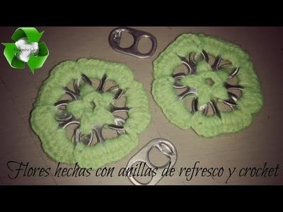 Flores utilizando anillas de refresco y crochet by Alexandra Sacasa