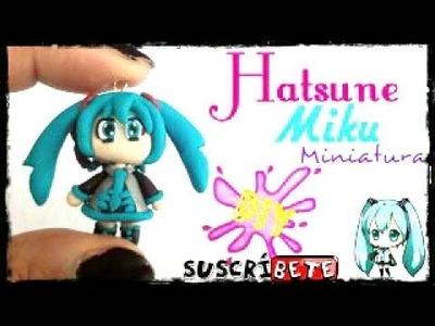 Hatsune Miku Arcilla polimerica | Fimo | Polymer Clay | Plastilina | Porcelana | miniatura